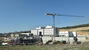 Kamu Külliyesi'nde Belediye Hizmet Binası Hazır