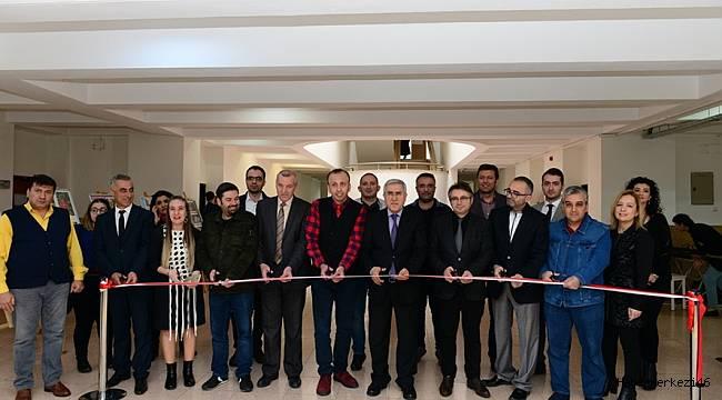 """KSÜ'de """"Yeniden Doğuş Resim ve Fotoğraf Sergisi"""" Açıldı"""
