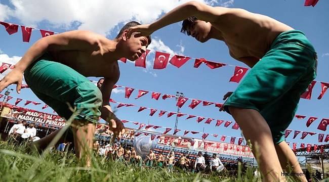 Ülkü Ocakları Güreş Festivali ve Geleneksel Spor Gösterileri Düzenledi
