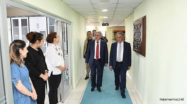 Rektör Can'dan, ADYÜ Rektörü Turgut'a 'Hayırlı Olsun' Ziyareti