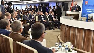 Başkan Güngör'den Yerel Yönetimler Sunumu