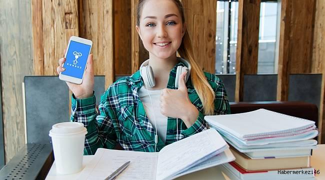 Öğrenciler Sınavlara Dershaneyle Değil Telefonla Hazırlanıyor