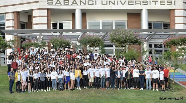 Sabancı Üniversitesi yaz okullarına 47 ilden ve 10 ülkeden 1555 öğrenci katıldı
