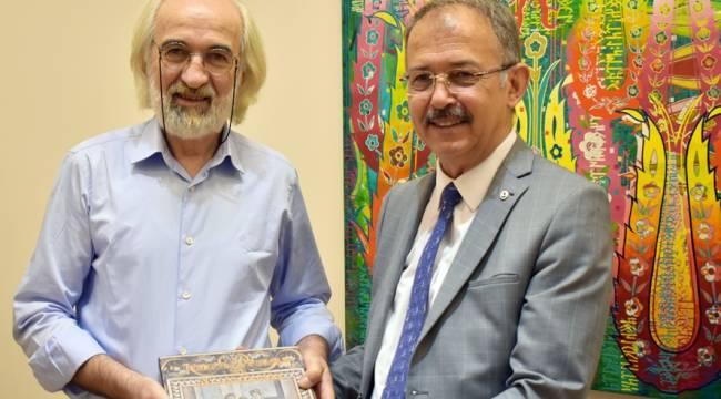 İslamiyet Öncesi ve İslamiyet Sonrası Kültürel Mirası Günümüz Sanat Eserleriyle Birleştiriyorum