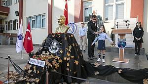 """""""Bugün; Atatürk'ü Büyük Bir Hüzün Bulutu İçinde Yaslı Gözlerle Anmanın Ötesine Geçip, Onu Ve Fikirlerini Anlama Günüdür"""
