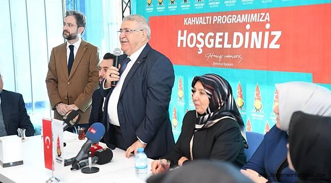 Başkan Mahçiçek Lösemili Çocuklarla Mutluluğun Resmini Yaptı