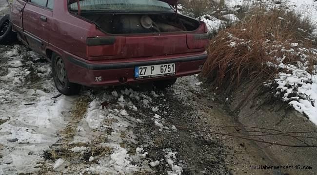 Kahramanmaraş'ta iki otomobil ve kamyonetin karıştığı kazada 7 kişi yaralandı