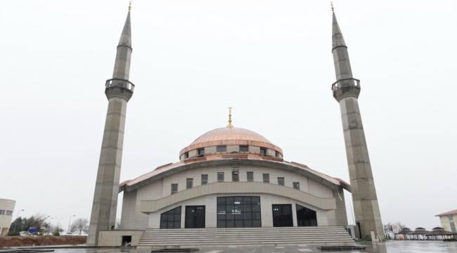 KSÜ Avşar Yerleşkesinde İnşası Tamamlanan Yeni Cami İbadete Açıldı