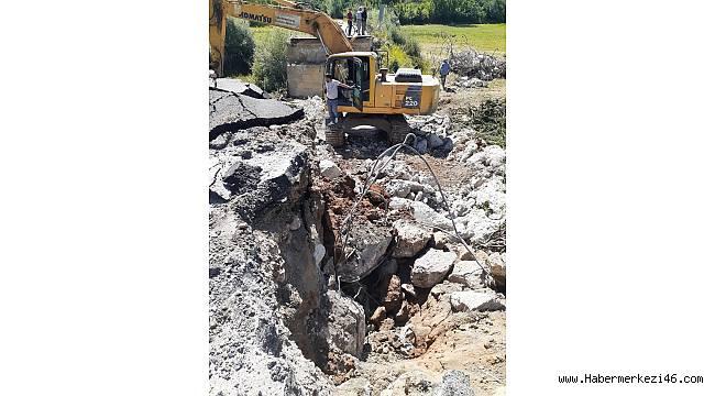 Değirmendere Köprüsü'nde yıkım çalışmaları başladı