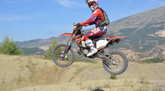 Kahramanmaraş'ta motosiklet tutkunları doğada buluştu