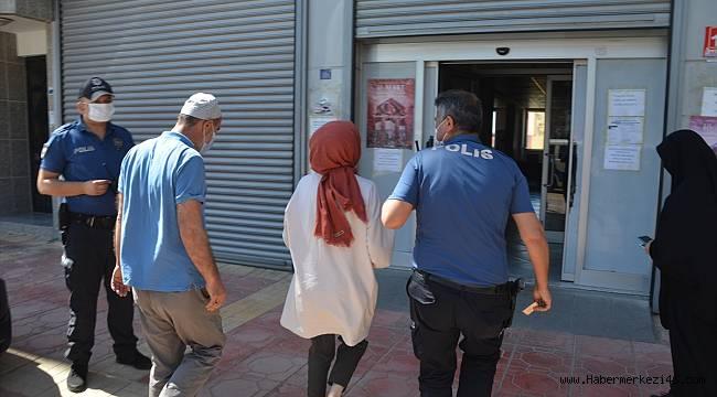 Polis ekipleri, kimliğinde fotoğraf bulunmayan öğrenci için seferber oldu