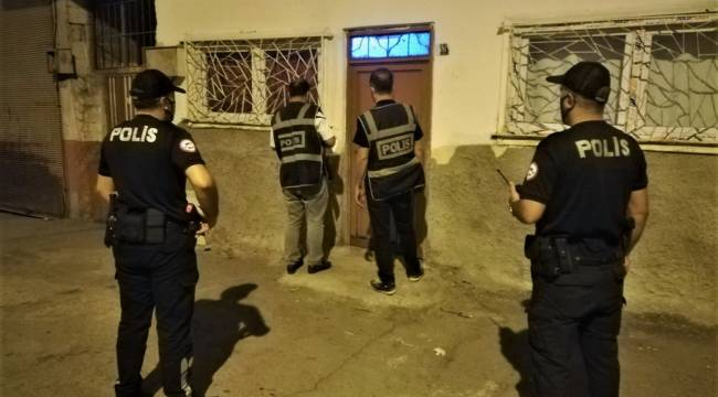 Polis Operasyon yaptı: 48 Kişi Tutuklandı