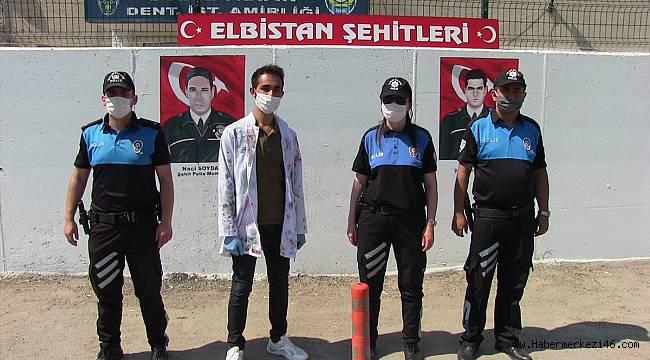 Şehit polislerin resimleri Bölge Trafik Denetleme İstasyon Amirliğinin duvarına çizildi