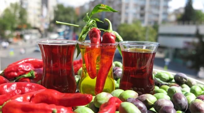 'Maraş Biberi'nden kırmızı zeytinyağı ürettiler