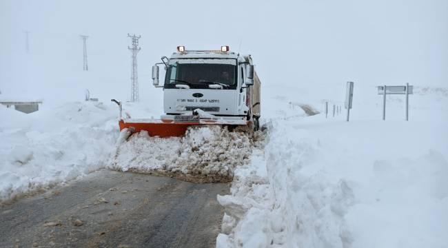 Yedi Kuyular Kayak Merkezinde kar kalınlığı 95 santimetreye ulaştı