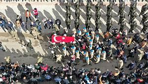 Tatvan'da şehit olan Astsubay Üstçavuş Nazmi Yılmaz, Kahramanmaraş'ta son yolculuğuna uğurlandı