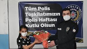 Kahramanmaraş'ta öğrenciler polisler için pastalı sürpriz kutlama yaptı
