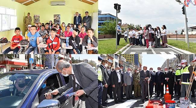 Trafik Kurallarına Harfiyen Uymalı, Yeni Nesilleri de Bu Kurallar Doğrultusunda Eğitmeliyiz