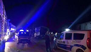 Kahramanmaraş'ta trene çarpan kamyonetin sürücüsü yaralandı