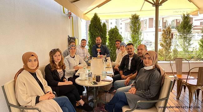 AK Partili Sezal'dan genç sporculara destek